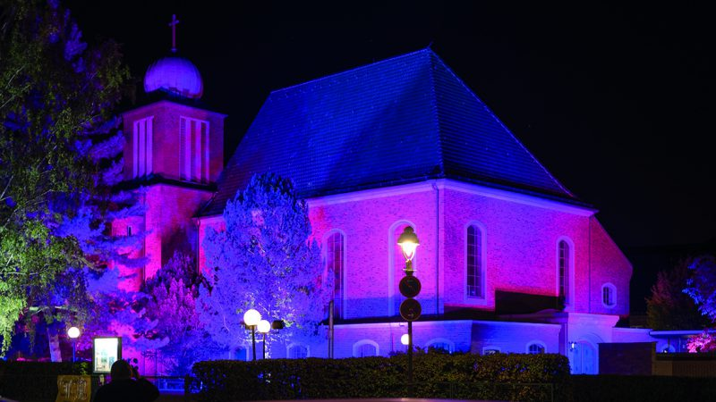 Beleuchtung der Salvator Kirche (Foto: Kaya Tuerkay)
